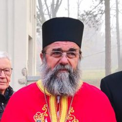 Протојереј-ставрофор Бранко Митровић